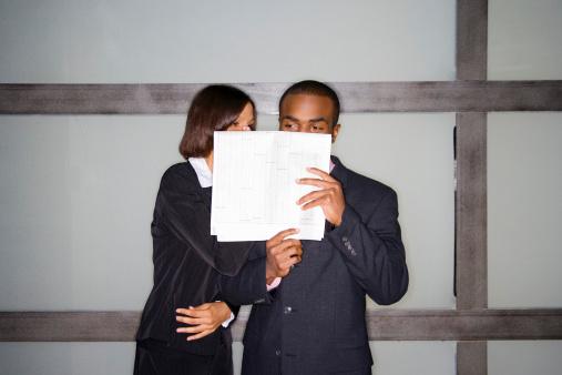 Verschiegenheitsklausel in ArbeitsvertragT